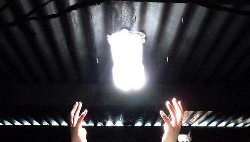 Illuminare con una bottiglia d acqua studio cantori